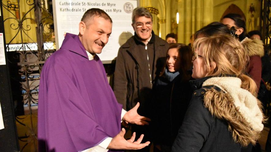Prix pour la paix décerné au Père Jacques Mourad, ex-otage de Daech